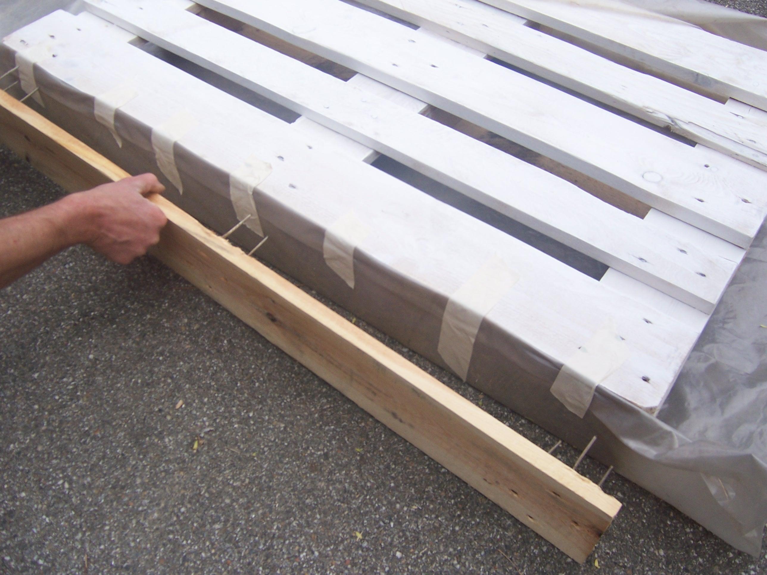 Come trasformare un bancale in un giardino verticale seminterra - Come realizzare un giardino verticale ...