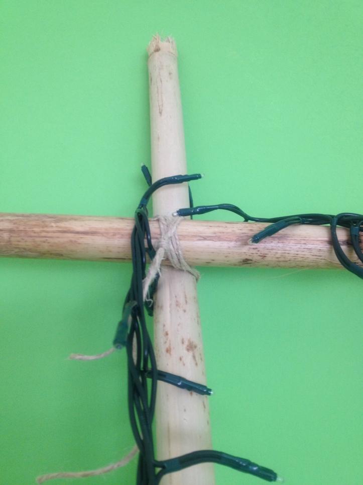 Il nodo per fissare la testata di bambù