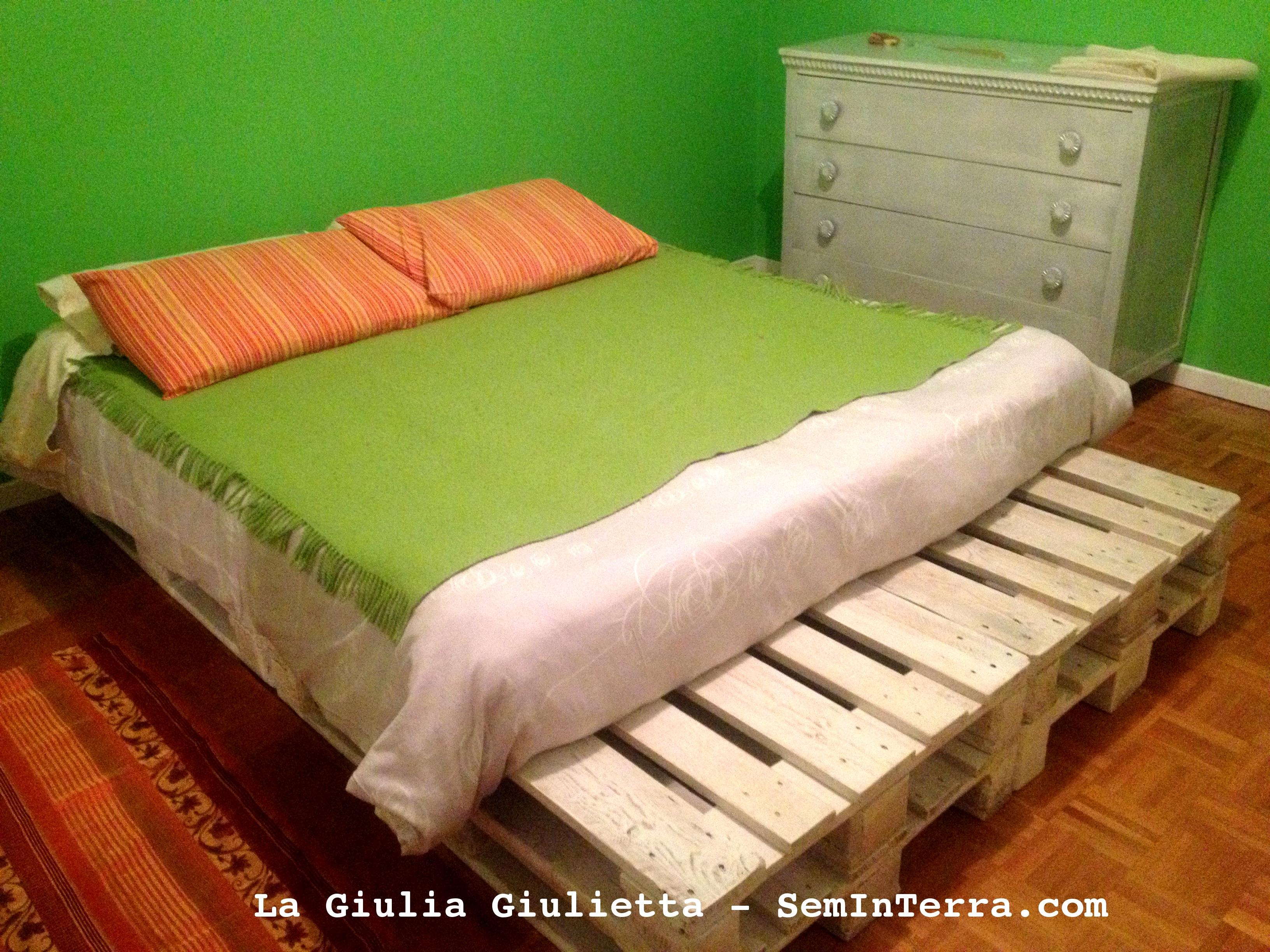Come costruire un letto a castello letto a castello mydal - Costruire testata letto ...