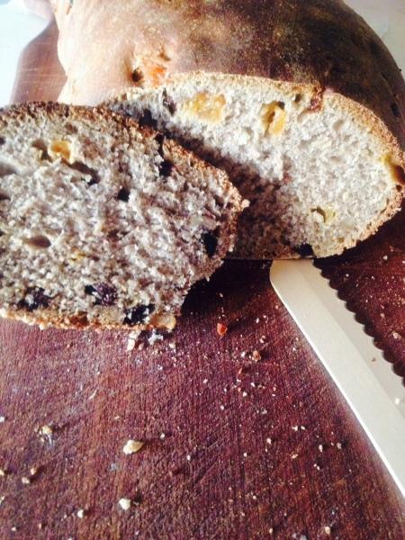 pane dolce con lievito madre